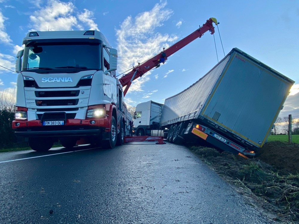 Anjou Towing Service Depannage Poids Lourds Angers Img 4