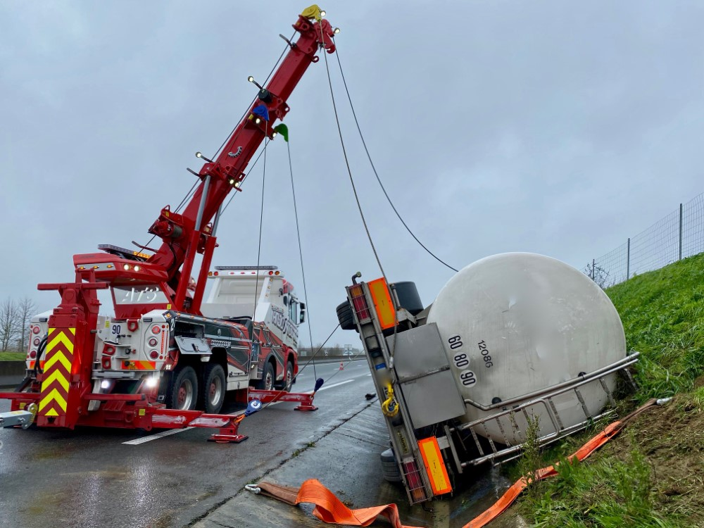 Anjou Towing Service Depannage Poids Lourds Angers Img 8