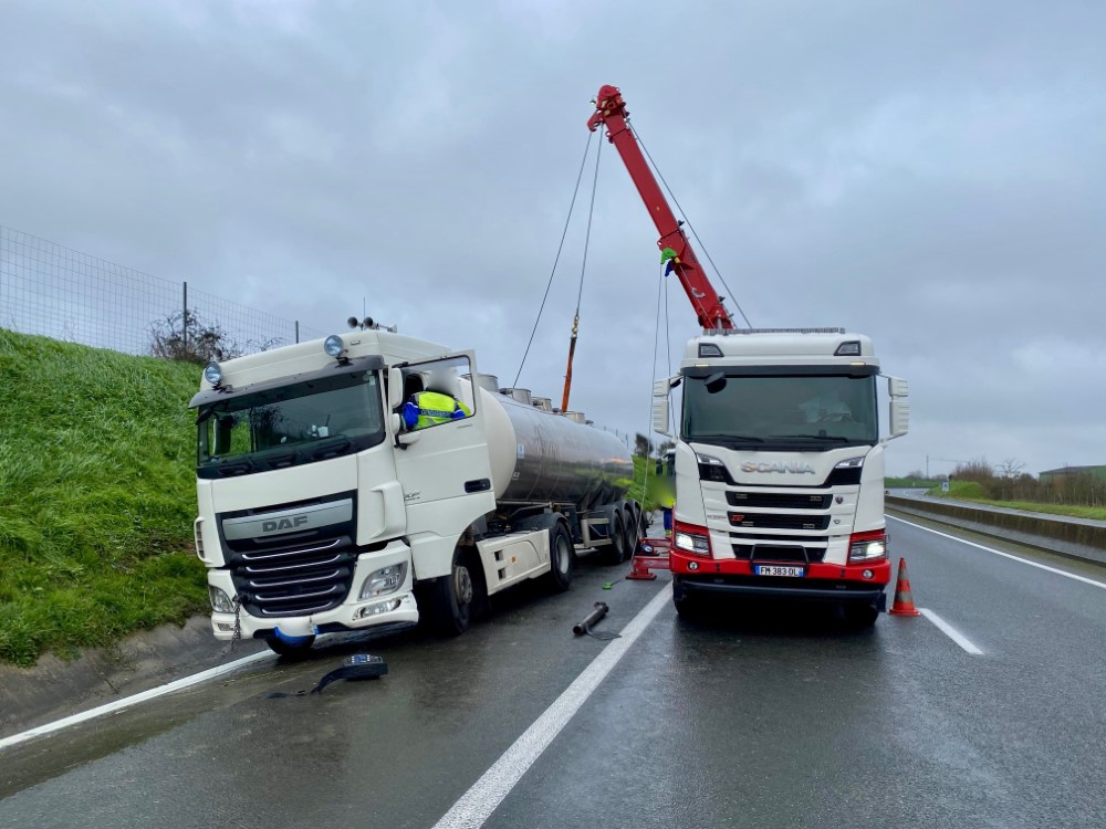 Anjou Towing Service Depannage Poids Lourds Angers Img 9