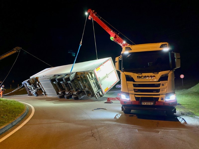 Anjou Towing Service Depannage Poids Lourds Angers Image (12) 93