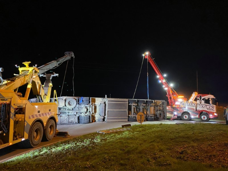 Anjou Towing Service Depannage Poids Lourds Angers Image (3) 99