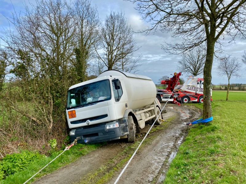 Anjou Towing Service Depannage Poids Lourds Angers Img (3) 111