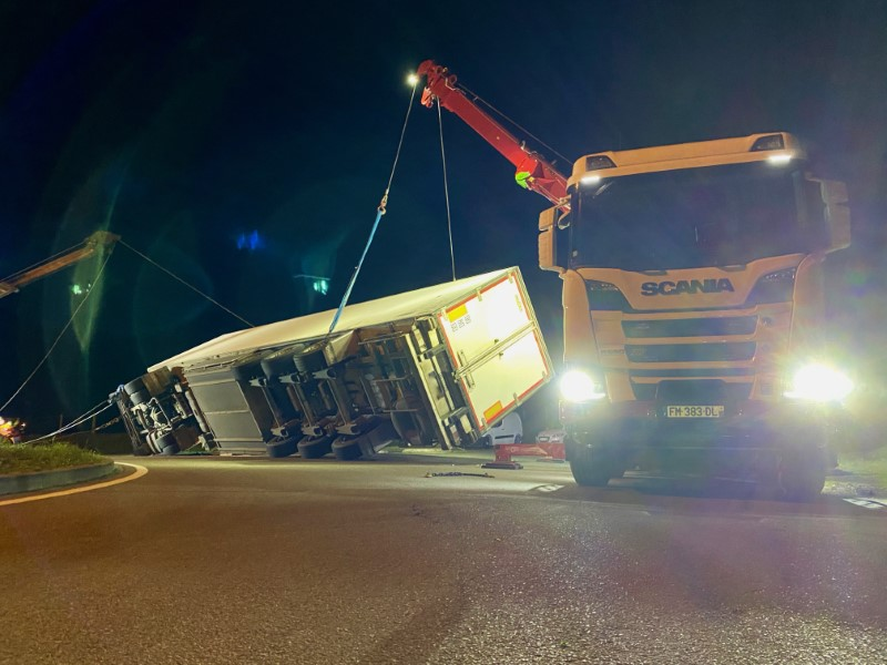 Anjou Towing Service Depannage Poids Lourds Angers Img (4) 112