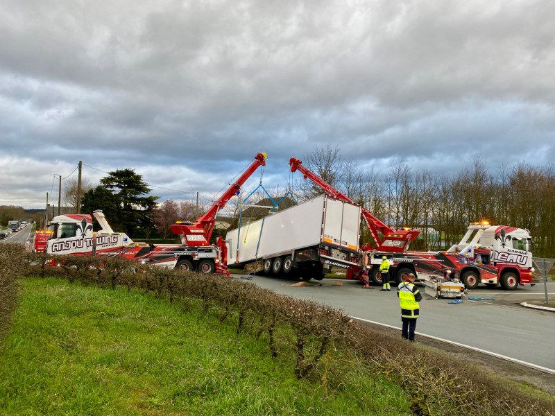 Anjou Towing Service Depannage Poids Lourds Angers Img (7) 115