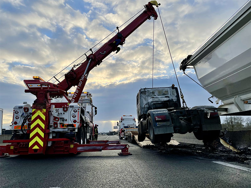 Anjou Towing Service Depannage Poids Lourds Angers IMG (12) 160