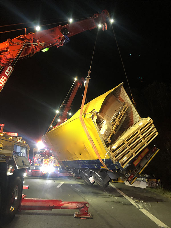 Anjou Towing Service Depannage Poids Lourds Angers IMG (15) 163