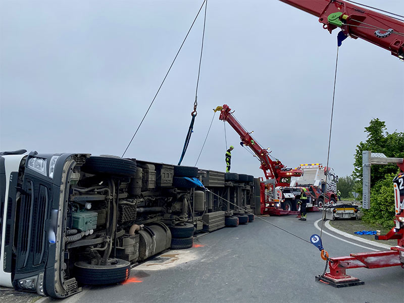 Anjou Towing Service Depannage Poids Lourds Angers IMG (25) 140