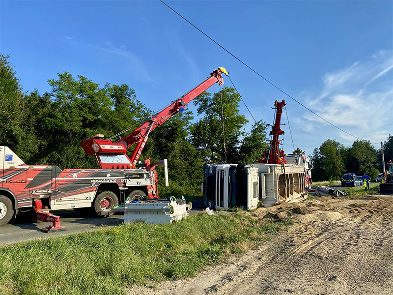 Anjou Towing Service Depannage Poids Lourds Angers IMG (30) 144