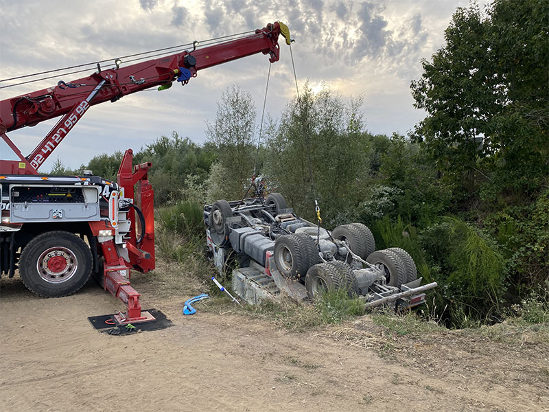Anjou Towing Service Depannage Poids Lourds Angers IMG (31) 145