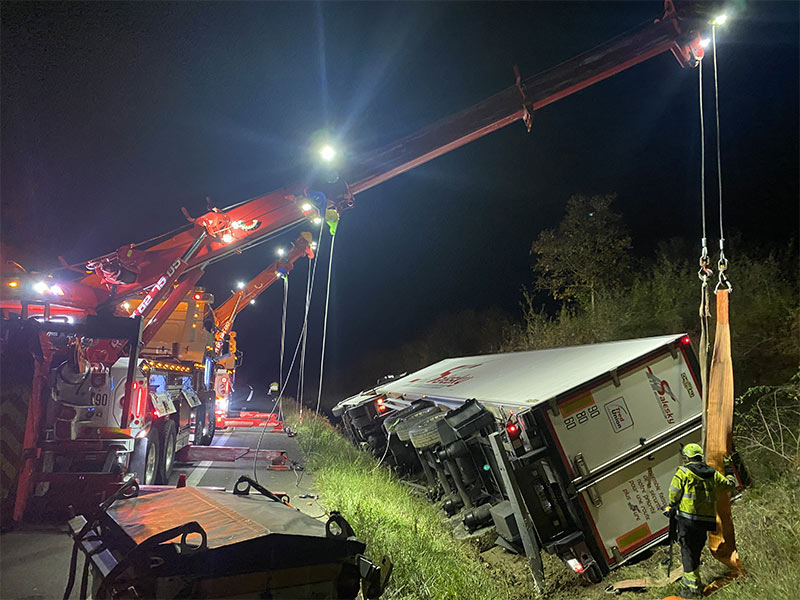 Anjou Towing Service Depannage Poids Lourds Angers IMG (33) 147
