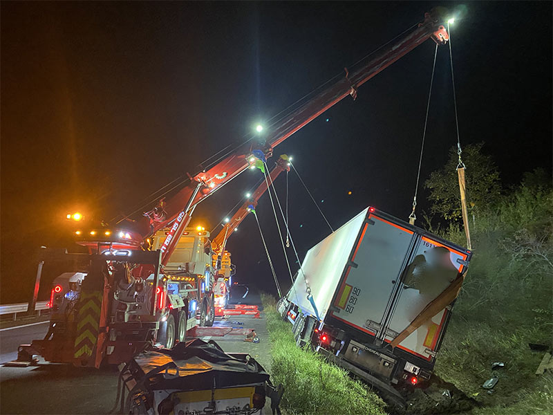 Anjou Towing Service Depannage Poids Lourds Angers IMG (34) 148